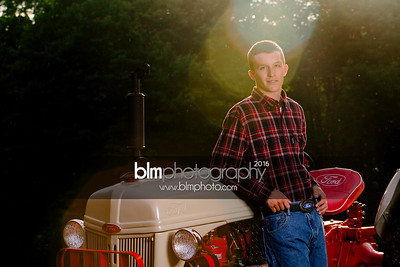 John-Grossi_Senior-Portraits-7804_09-07-16_ ©BLM Photography 2016