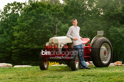 John-Grossi_Senior-Portraits-7741_09-07-16_ ©BLM Photography 2016