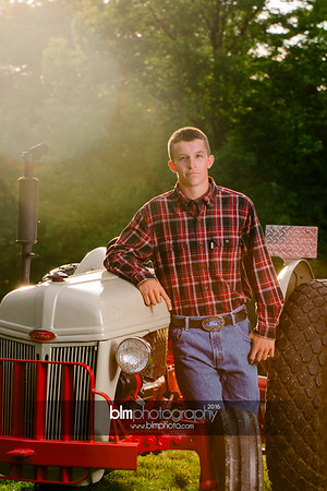 John-Grossi_Senior-Portraits-7788_09-07-16_ ©BLM Photography 2016
