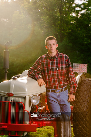 John-Grossi_Senior-Portraits-7787_09-07-16_ ©BLM Photography 2016