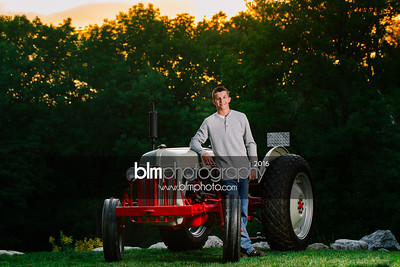 John-Grossi_Senior-Portraits-8245_09-07-16_ ©BLM Photography 2016