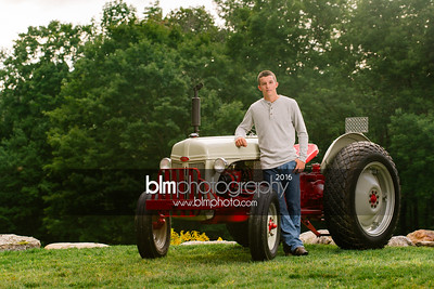 John-Grossi_Senior-Portraits-7738_09-07-16_ ©BLM Photography 2016