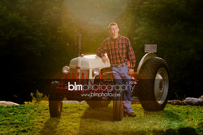 John-Grossi_Senior-Portraits-7786_09-07-16_ ©BLM Photography 2016