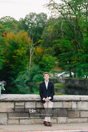 Michael_Zrzavy_Senior-Portraits_091916-6600