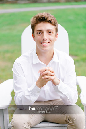 Michael_Zrzavy_Senior-Portraits_091916-6545