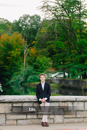 Michael_Zrzavy_Senior-Portraits_091916-6598