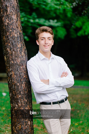 Michael_Zrzavy_Senior-Portraits_091916-6563