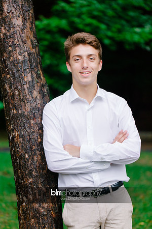 Michael_Zrzavy_Senior-Portraits_091916-6548
