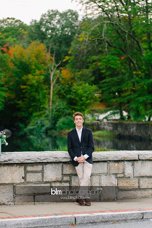 Michael_Zrzavy_Senior-Portraits_091916-6602
