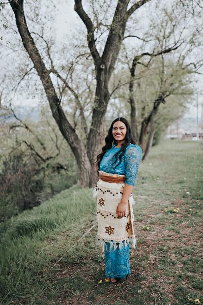 Poeta // Utah Senior Photographer