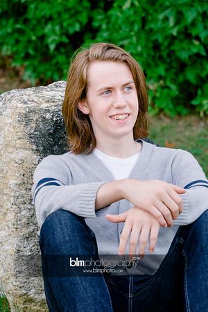 Ryan-Hoiriis_Senior-Portraits_092116-8280