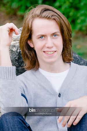 Ryan-Hoiriis_Senior-Portraits_092116-8282
