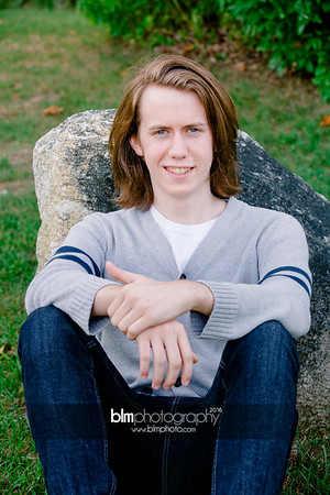 Ryan-Hoiriis_Senior-Portraits_092116-8268