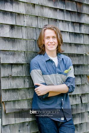 Ryan-Hoiriis_Senior-Portraits_092116-8304
