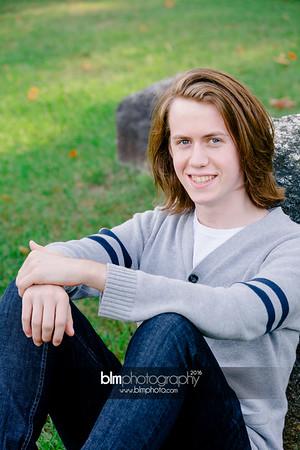 Ryan-Hoiriis_Senior-Portraits_092116-8253