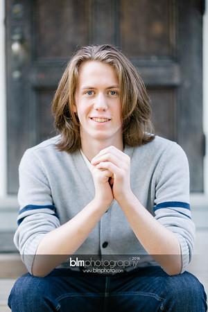 Ryan-Hoiriis_Senior-Portraits_092116-8208