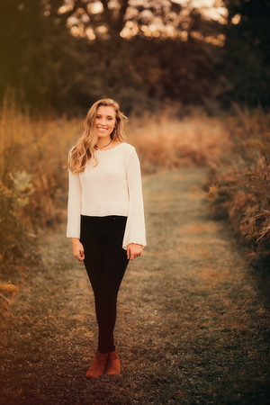Maddie _ Class of 2017 (22)