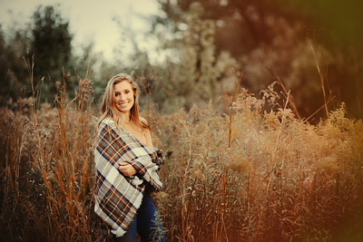 Maddie _ Class of 2017 (34)