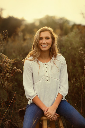 Maddie _ Class of 2017 (32)