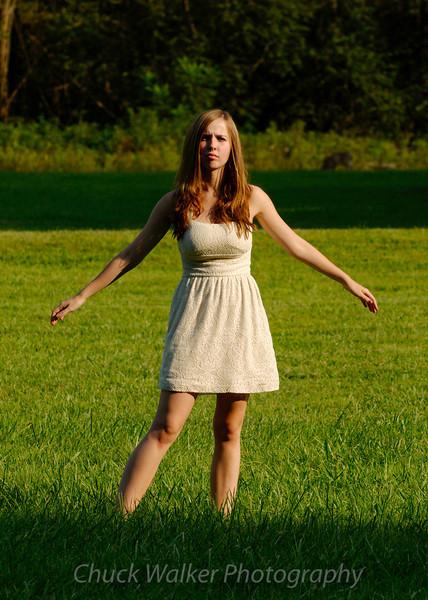 "<a href=""http://www.modelmayhem.com/riss93"">http://www.modelmayhem.com/riss93</a>"