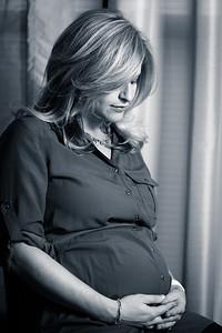 Sherri - Maternity B&W