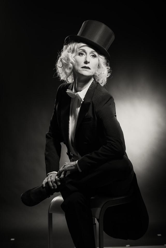 Anita-Dietrich-46
