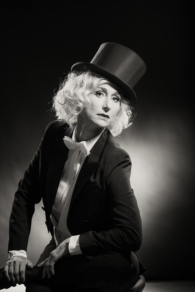 Anita-Dietrich-42