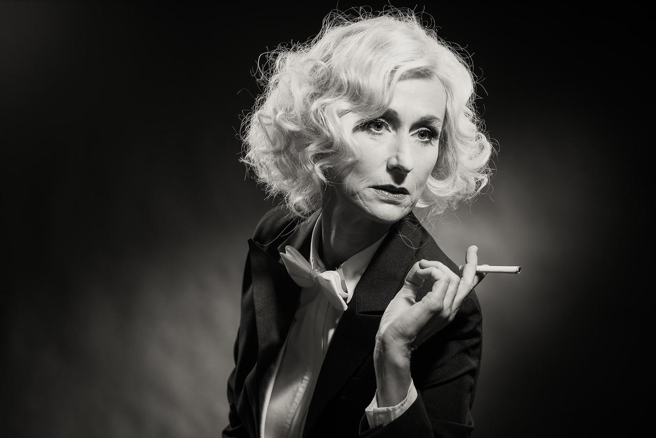 Anita-Dietrich-25