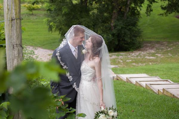 Hannah & Zach: The Wedding