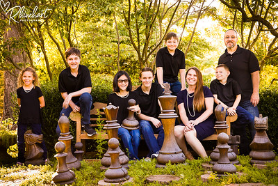 best-family-portrait-photographers-creative-va-pa-md-wv-silverbrook-farm-purcelleville-1