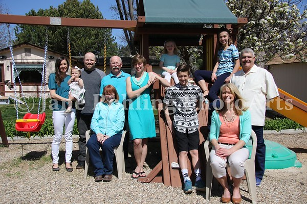 1_Simmons_family_all_JRohling_2016-04-03_EJ7A9988_lo-res