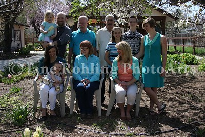 1_Simmons_family_all_JRohling_2016-04-03_EJ7A9973_lo-res