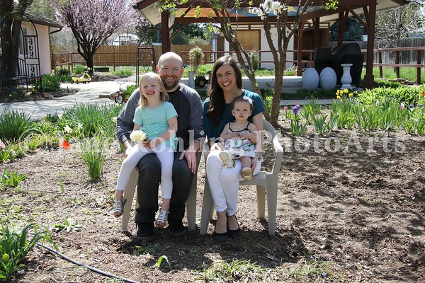 3_Simmons_family_JRohling_2016-04-03_EJ7A0054_lo-res