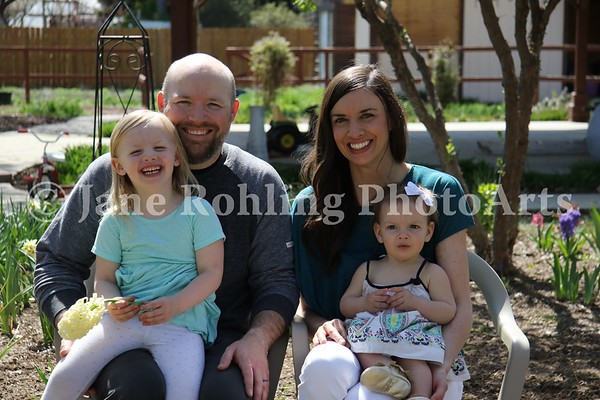 3_Simmons_family_JRohling_2016-04-03_EJ7A0059_lo-res