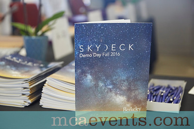 SkyDeck_Demo_Day_F2016_003