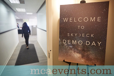 SkyDeck_Demo_Day_F2016_006
