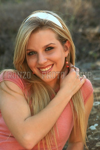 Stephanie Dewolfe 2007_0911-219a