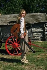 Stephanie Dewolfe 2007_0911-096a