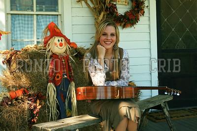 Stephanie Dewolfe 2007_0911-124a