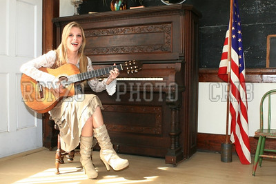 Stephanie Dewolfe 2007_0911-123