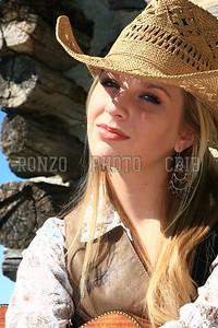 Stephanie Dewolfe 2007_0911-058