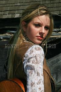 Stephanie Dewolfe 2007_0911-094a