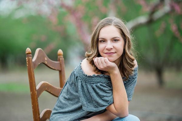 Tana Senior  Portraits