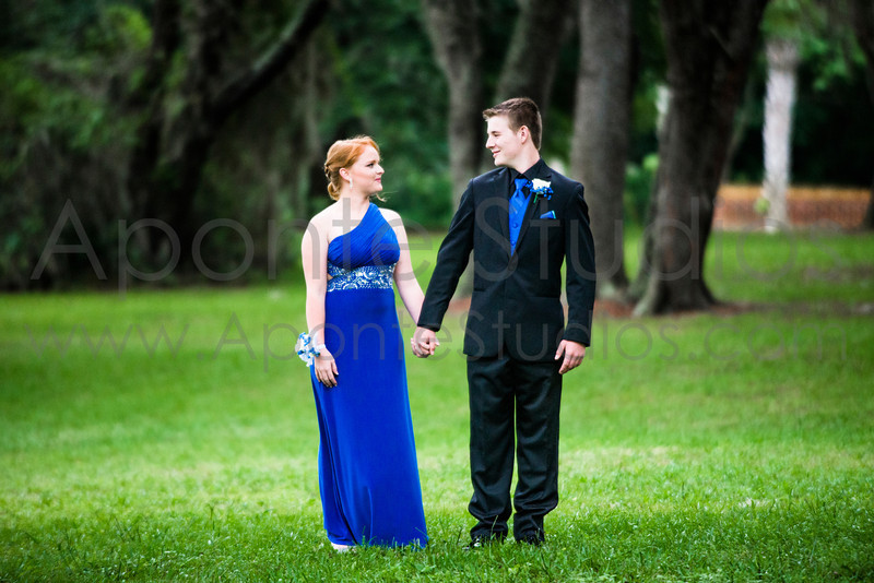 Taylor's Prom 008