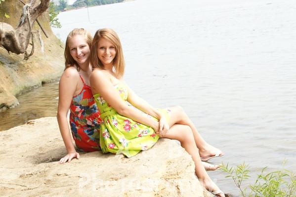 Tiara & Felicia