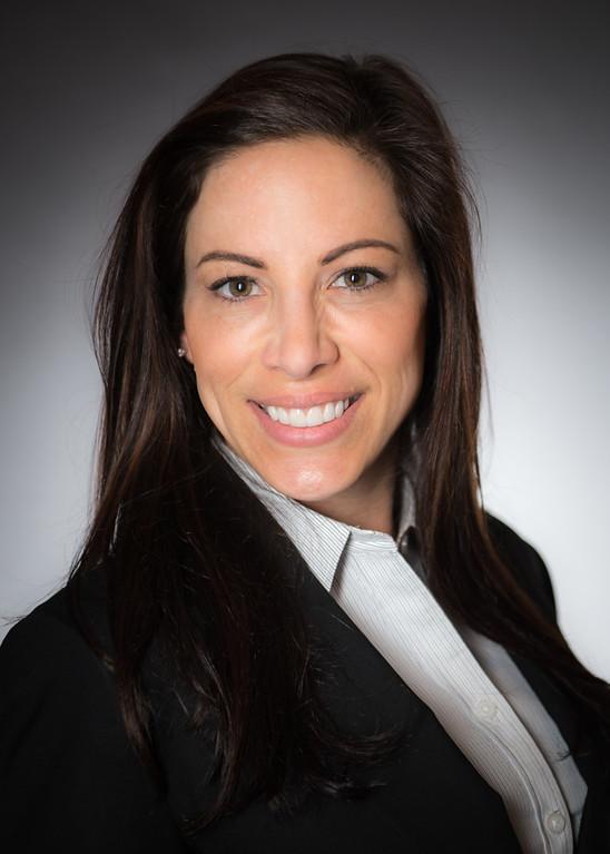 Twining's Professional Business Headshots - Kristin Van-Y