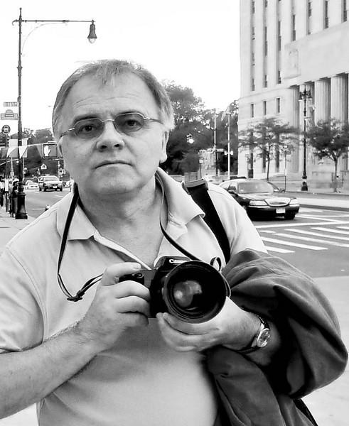 "Norbert Lang, author, ""Zauberhaftes New York: Streifzüge durch die Weltmetropole"""