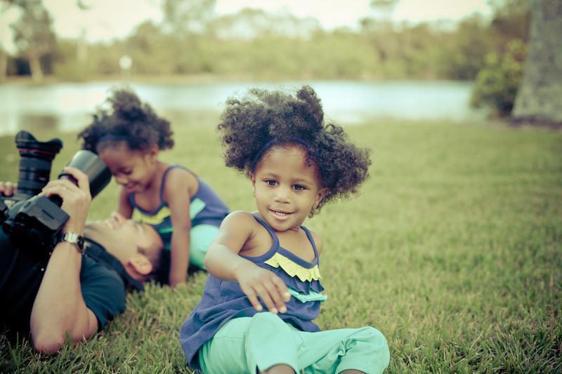 Vaz Twins Kids Portrait-12
