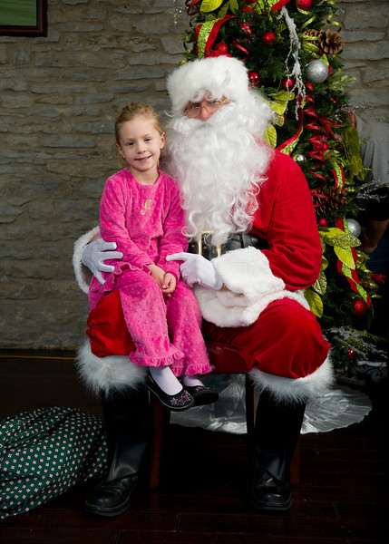 santa at wilshires
