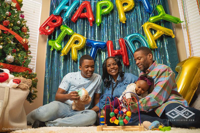 Zoey's 1st Birthday-08471